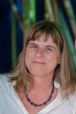 Carlinda Roberts